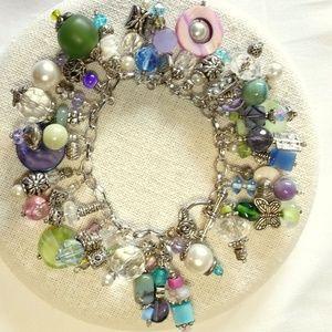 Jewelry - Charm style bauble bracelet